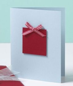 few strips of paper--or ribbon--and you have yourself a Christmas tree | http://cutegreetingcards.blogspot.com