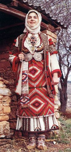 Portrait of a Macedonian bride wearing a traditional wedding dress, Skopska blatija, Macedonia Traditional Fashion, Traditional Outfits, Folklore, Costume Ethnique, Costumes Around The World, Ethno Style, Traditional Wedding Dresses, Traditional Weddings, Ethnic Dress