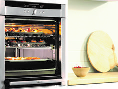 One of the most important and essential elements in the kitchen is the oven, and in the same way that people enjoy different food and ways of cooking, people will look for different functions from their oven.  Neff understand this - they understand that the kitchen is the heart of the home, and their designs are hugely inspired by the way people like to cook.