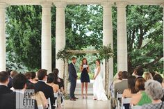 denver botanic gardens wedding photography | photojennette photography.  More at www.photojennette.com/colorado/denver-wedding-photography