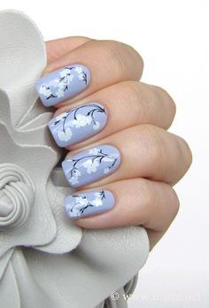 White flowers lilac pastel nail art