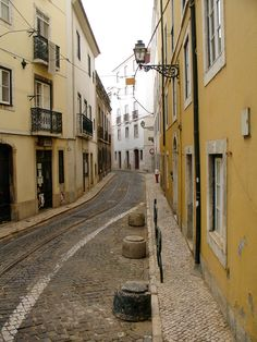 Following the Route of the 28 Tram #Lisbon