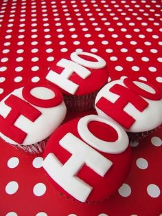 Ho Ho Ho Christmas Cup cakes #Christmascupcakes