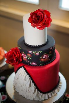 Flamenco Styled wedding cake by Whippt desserts & catering