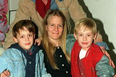 He was the ultimate child star of the & But the pressure was high and he left it all. Here are all the details of Macaulay Culkin& unusual childhood. Macaulay Culkin Home Alone, Kieran Culkin, Neverland Ranch, Cute Blonde Boys, Boy Models, My Girl, Fun Facts, Childhood, Stars