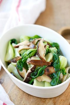 Garlic Mushroom Bok Choy - the easiest, healthiest, and best veggie dish with bok choy, mushroom and garlic. Easy Delicious Recipes, Healthy Dinner Recipes, Vegetarian Recipes, Cooking Recipes, Easy Recipes, Veggie Dishes, Vegetable Recipes, Garlic Mushrooms, Arrows