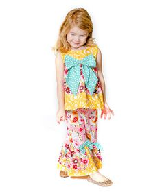 Love this Sweet Peep Bow Top & Capri Pants - Infant, Toddler & Girls on #zulily! #zulilyfinds