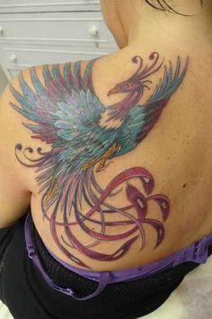<< zurück zur Lexikon-Übersicht <<  Der Phönix, auch Feuervogel genannt, ist ein mythologisches Fabelwesen, ein Vogel, der verbrennt und imstande ist, aus seiner Asche wieder neu zu erstehen. Diese Vorstellung findet sich heute noch in der Redewendung &qout;Wie Phönix aus der Asche …