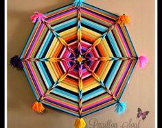 Ojo de Dios Mandala Nite Lite colgando de la pared por PapillonSoul