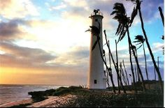 Barbers Point Lighthouse at Sunset ☼ Off the beaten path things to do in Oahu, Hawaii http://www.thewondermap.com/things-to-do-in-oahu-hawaii/