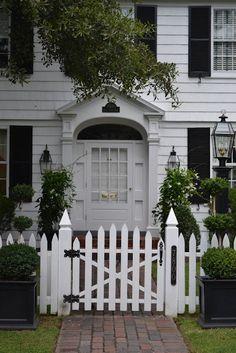 LUCY WILLIAMS INTERIOR DESIGN: BEAUTIFUL HOMES OF NORFOLK, VIRGINIA