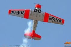 Warlock Photography: Harvards operated in South Africa Airplane Sketch, South African Air Force, Air Show, Military Aircraft, Cool Photos, Aviation, Airplanes, American, Amazing