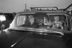 Det har kostet blod, sved, tårer og en pæn sjat penge at få Bennys legendariske bil fra Olsen Banden-filmene på hjul igen. Men i dag gik bilen gennem syn.