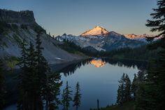 Morning Light Mount Baker Lake.jpg (2222×1483)