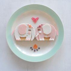 Elefantes enamorados by Sandra van den Broek #foodart #funfood