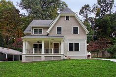 Arts & Crafts home with front Porch
