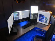 PC_Desk_UltlaWideMonitor08_77.jpg