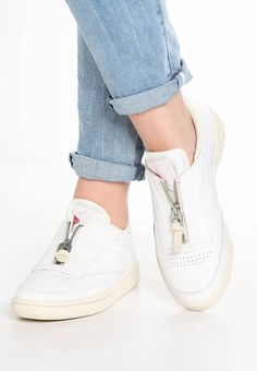 93d8e3eb9b2 CLUB C 85 ZIP - Trainers - chalk sandstone white. Reebok Classic  TrainersBrown Leather BootsLace ...