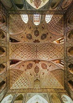 Ali Qapu palace - Esfahan, The building, another wonderful Safavid edifice, was built by decree of Shah Abbas the Great in the early seventeenth century. Iran Travel, Vaulting, Facades, Ciel, Middle East, Islamic, Palace, Ali, Globe