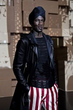 Photos by Rainer Torrado from yesterday during the Jean Paul Gaultier's show at Paris Fashion Week. Jean Paul Gaultier, Paul Gaultier Spring, African Men, African Fashion, Ankara Fashion, African Attire, African Style, African Dress, Fashion Art