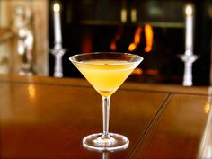Prohibition, The Great Gatsby and The Bee's Knees via @toriavey