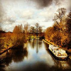 A walk around The Grove Estate: Hertfordshire Photo by davidjuns