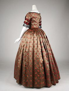 Evening dress, ca. 1842; MMA 1975.128.10