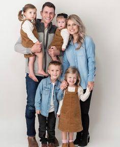 Kelly Bates, Whitney Bates, 19 Kids, Three Kids, Single Mom Photography, Erin Paine, Bates Family Blog, Large Family Photos
