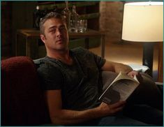 Taylor Kinney Chicago Fire, Chicago Med, Bridesmaids And Groomsmen, Ex Husbands, Best Tv Shows, Books To Read, Hot Guys, Ivy, Snapchat