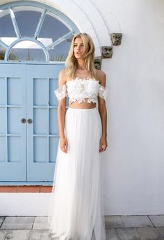 Bohemian brides, this bridal collection is for you.