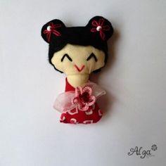 Kokeshi panenka  Valentýnská II