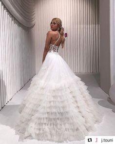 @j.touni 𝐹𝑒𝑒𝓁𝒾𝓃𝑔 𝓁𝒾𝓀𝑒 𝒶 𝐹𝒶𝒾𝓇𝓎𝓉𝒶𝓁𝑒 𝒫𝓇𝒾𝓃𝒸𝑒𝓈𝓈. in a @sposamoda wedding dress  Πραγματική πριγκίπισσα  . #sposamoda #SposaModabride #fashionshow #thessaloniki #weddingdress #expowedding #bridaldress #gamos #weddinggown #bridaldress #bridetobe #bridalideas #hautecouturedress #wedding #bride #bridalinspiration #futurebride #love #photooftheday #instawedding #train #bridalgown #γάμος #γαμος #νυφικό #νυφικα #νυφικά