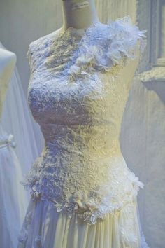 Gallery - Helen Forster Bridal Lace Wedding, Wedding Dresses, Bridal, Gallery, Fashion, Bride Gowns, Wedding Gowns, Moda, Roof Rack