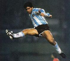#Maradona - Maradona Retro Pics (@MaradonaPICS) | Twitter