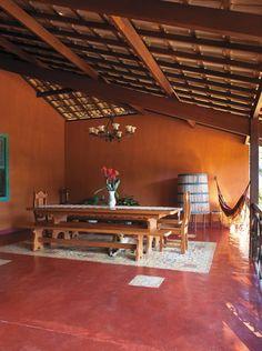 sala rústica com chão de vermelhão
