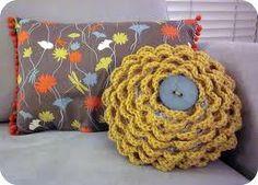 round crochet pillow pattern