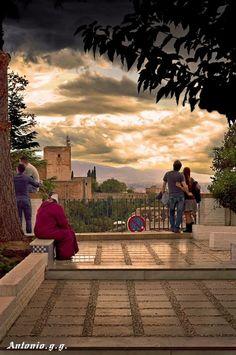 #Granada #Alhambra #Albaicín Places To Travel, Travel Destinations, Places To Visit, Andalusia Spain, Dolores Park, Spanish, Landscape, City, Templates