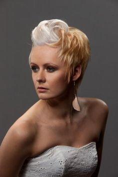 Hiukset ja meikki: Anna, Kuva Eero Kokko Tangled, Anna, Fictional Characters, Color, Colour, Rapunzel, Colors