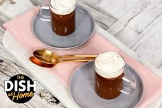 Easy Chocolate Mousse in the Blender - The Dr. Oz Show Easy Chocolate Mousse, Chocolate Delight, Homemade Chocolate, Yummy Treats, Sweet Treats, Trifle Pudding, Valentines Day Chocolates, Healthy Eating Recipes, Desert Recipes