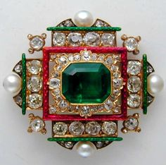 Victorian Emerald and Diamond Brooch