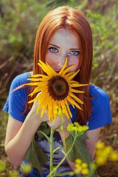 I Love Redheads, Redheads Freckles, Hottest Redheads, Stunning Redhead, Beautiful Red Hair, Beautiful Eyes, Models With Freckles, Fire Hair, Red Hair Woman