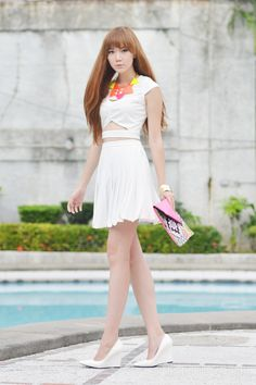 Cut out top + white pleat skirt + white heels + neon clutch + neon necklace. White Pleated Skirt, White Skirts, Mini Skirts, My Outfit, Outfit Of The Day, Neon Clutch, Camille Co, Asian Cute, Cut Out Top