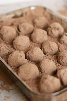 Dark Chocolate Truffles #food #sweet #dessert #sweetmeats #delicious