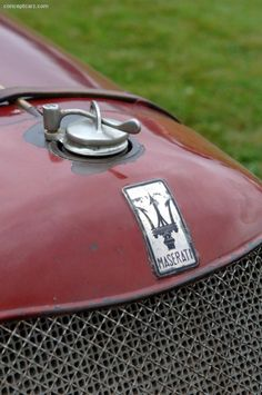 Photographs of the 1928 Maserati Tipo M 2800 Grand Prix. An image gallery of the 1928 Maserati Tipo M Maserati Quattroporte, Maserati Merak, Maserati 3200 Gt, Maserati Car, Pontiac Grand Am, Grand Prix, Mercedes Classic Cars, Alfa Cars, Car Hood Ornaments
