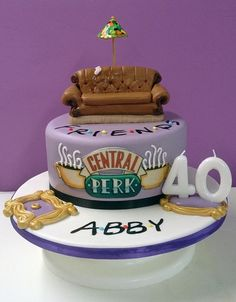 Friends theme cake – Cake by Hayley-Jane's Cakes – Lace Wedding Cake Ideas 17 Birthday Cake, Friends Birthday Cake, Funny Birthday Cakes, Friends Cake, Themed Birthday Cakes, Friends Tv, Themed Cakes, 20th Birthday, Cake Tv Show