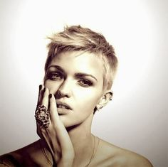 Short Pixie Haircuts 2013– 2014 imgc846045aef62c3051