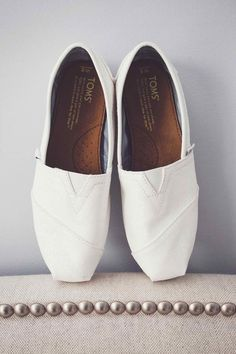 Shoe Inspiration I Loving these white TOM's for the summertime!  #wedding #bridalshoes #WLE #WeddingLightEvents #toms #causualbride #flats