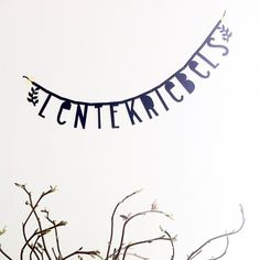 lentekriebels - Buy it at www.nl - € 2 for € 20 Diy Banner, Bunting Banner, Banners, Banner Ideas, Make Your Own Banner, Black Banner, Licht Box, Boxing Quotes, Diy Letters