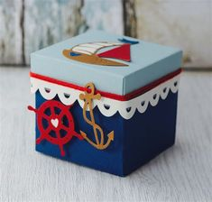 Diy Crafts For Gifts, Paper Crafts, Diy Gift Box, Gift Boxes, Exploding Gift Box, Scrapbook Box, Birthday Gift Baskets, Nautical Gifts, Surprise Box