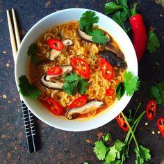 Spicy Mushroom Ramen Bowl – Globetrotters Kitchen
